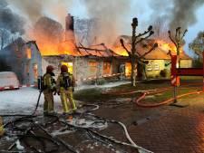 Buurtbewoners redden bewusteloze man uit brandende boerderij Riethoven