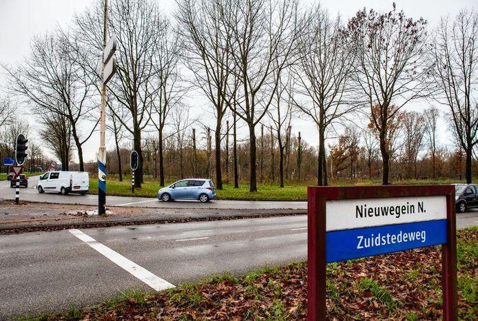 Aan de Zuidstedeweg in Nieuwegein wilde Warmtebron Utrecht naar aardwarmte gaan boren, maar dat gaat voorlopig niet door.