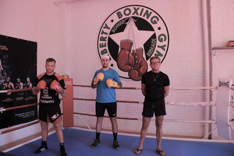 James Vandergheynst, Julien De Meyer en Pascal Germyns zullen samen met hun collega-lesgevers de boksers ontvangen in de Liberty Boxing Gym.