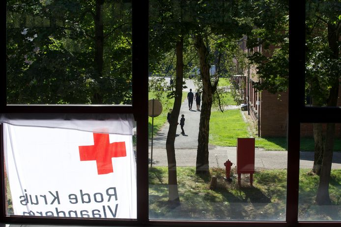 Het opvangcentrum van het Rode Kruis op domein Westakkers in Sint-Niklaas.