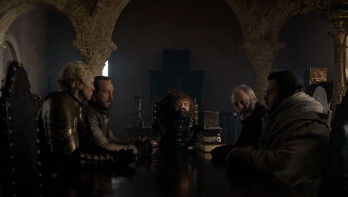 Tyrion start een nieuwe raad op.