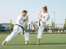 Zonder karate durfde Sam (15) niemand aan te kijken, nu heeft ze de zwarte band
