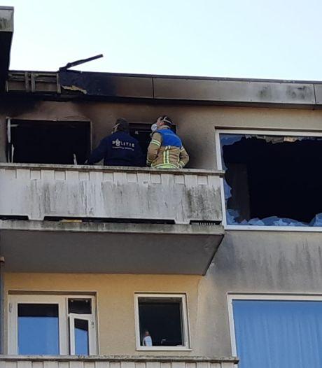 Politie houdt rekening met brandstichting in flatwoning