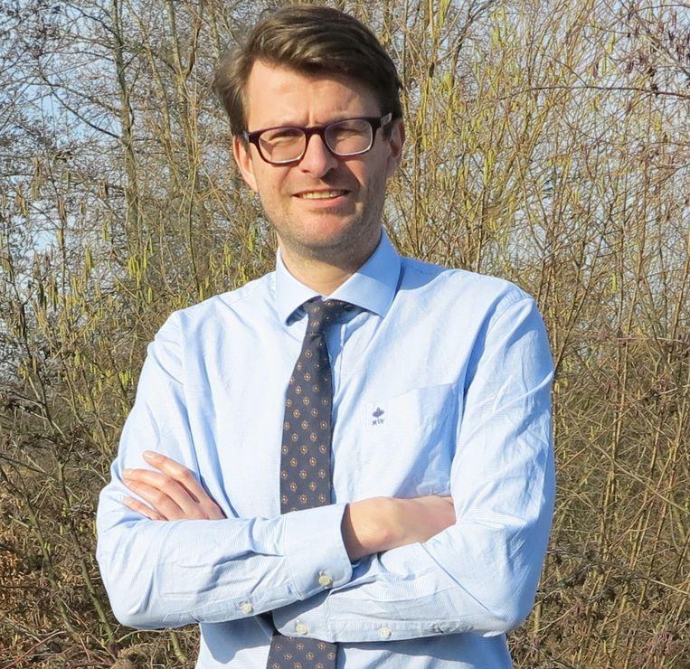 Antwerps N-VA-gemeenteraadslid Dirk Rochtus verhuisde recentelijk van Antwerpen naar Grobbendonk.