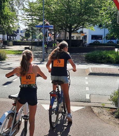 Veel verwarring tijdens verkeersexamen in Heerde door oversteek: 'Kijk ook naar andere kant!'