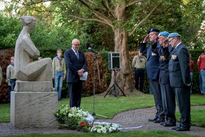 De Dodenherdenking in Goor op  4 mei 2019. De gemeente Hof van Twente kent van deze regio relatief gezien de meeste inwoners die het einde van de oorlog hebben meegemaakt in 1945.