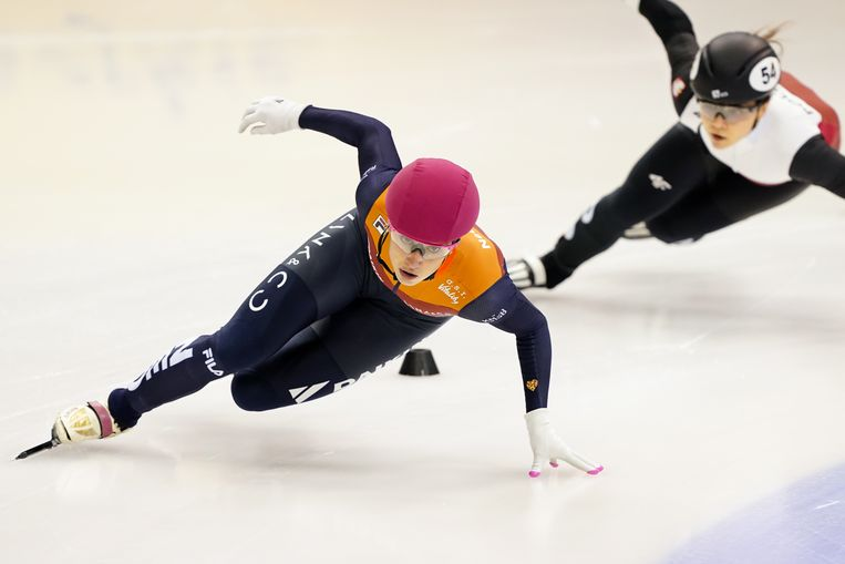 Suzanne Schulting rijdt haar derde Europese titel op rij. Beeld BSR Agency