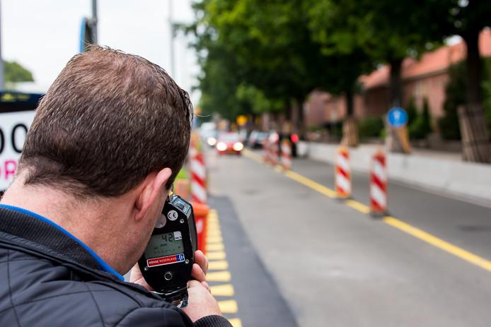Politie voert deze week lasercontroles uit in Tilburg.