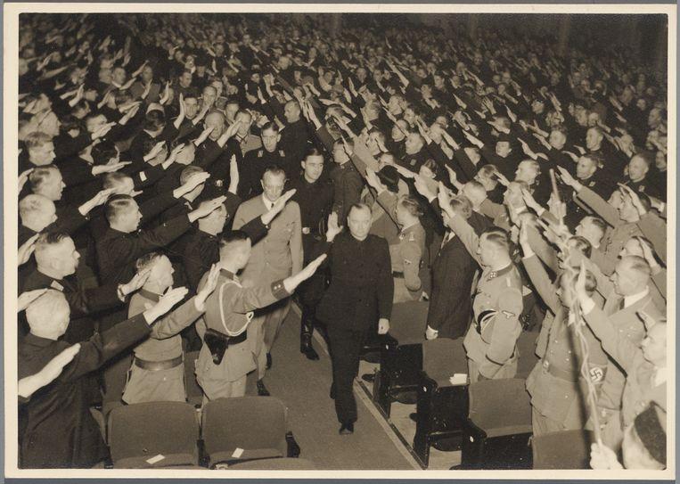 De NSB-bijeenkomst in het Concertgebouw. Beeld Stadsarchief