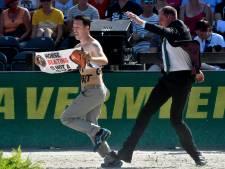 Dierenactivisten verstoren EK paardensport, 'Vervelend maar ook gevaarlijk'