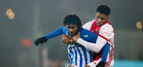 Van Kleef schiet FC Eindhoven vanaf de stip op valreep naast Jong Ajax