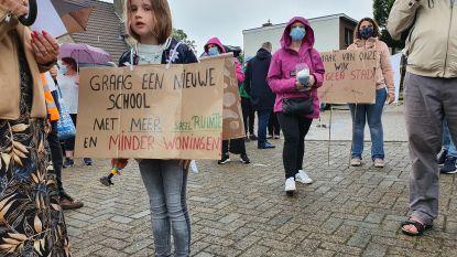 """Protest tegen 'scholenproject Kaart' zwelt aan: """"Zolang er niets zeker is, blijven we actie voeren"""""""
