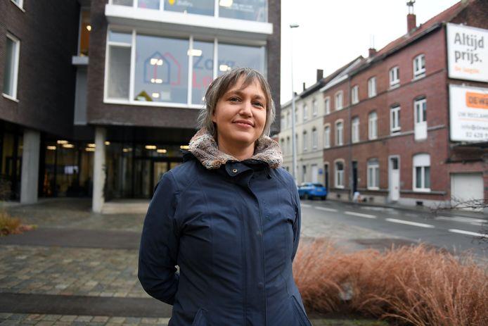 Bieke Verlinden voor wzc Remy in Leuven. De voorzitter van Zorg Leuven is trots op de vaccinatiegraad van 94,5 % maar wat betekent dat in de praktijk.