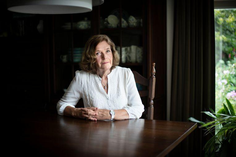 Trudy Scheele-Gertsen stond in de jaren zestig als ongehuwde moeder haar kind gedwongen af. Ze wil de Nederlandse Staat aansprakelijk stellen. Beeld Bram Petraeus