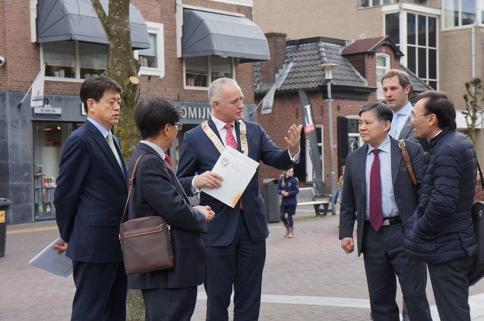 Een delegatie uit Zuid-Korea bezoekt Foodvalley in Barneveld.