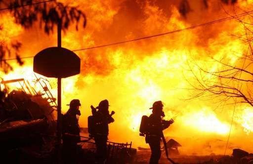 Bij de crash van het vliegtuig op een huis in New York kwamen 49 mensen om.