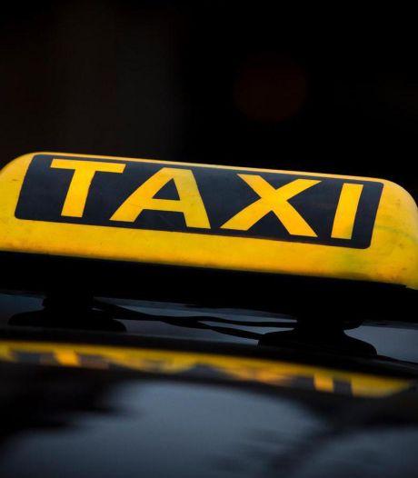 Primeur: alle nieuwe taxi's rijden in Amersfoort vanaf 2025 op elektriciteit of waterstof