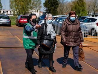 Zij zorgen voor úw spuitje: de vrijwilligers van het vaccinatiecentrum RupeLaar in beeld