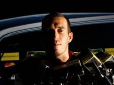 Vitesse in Airbornewedstrijd met rouwbanden voor overleden Fernando Ricksen