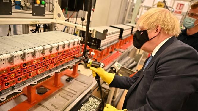 De angst was dat automakers Groot-Brittannië zouden verlaten. Nu is de vraag: kunnen batterijmakers het groeitempo bijbenen?