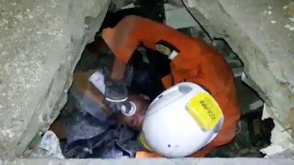 Dodentol aardbeving en tsunami Sulawesi loopt op tot 1.347; man na drie dagen nog levend uit puin gehaald