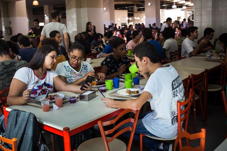 Studenten van de Universiteit van Juiz de Fora. Beeld Valda Nogueira