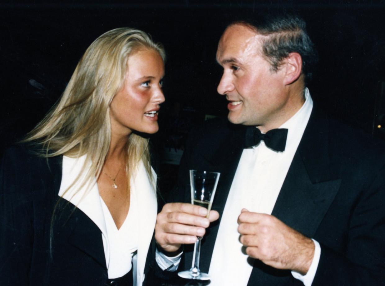 'Ik drink al anderhalf jaar geen druppel alcohol meer.' (Foto: de toen 17-jarige Eva Pauwels met Jacques Vermeire.) Beeld