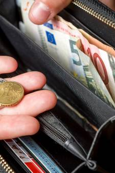 Huishoudens in Aalten betalen volgend jaar ruim tientje extra aan woonlasten; begroting komend jaar sluitend gemaakt