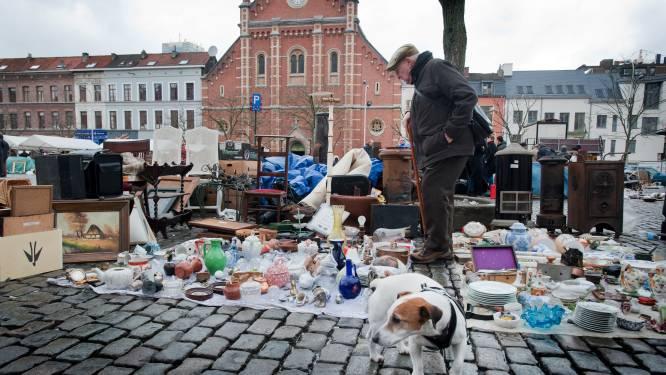 Inbrekersbende verkoopt gestolen buit op Vossenplein