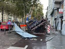 Stellingen omgewaaid aan Frankrijklei