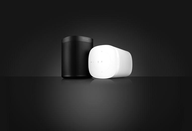 De nieuwe Sonos One, met zes ingebouwde speakers, waartegen je kan praten. Beeld Sonos