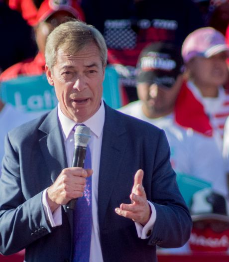 'Mr Brexit' Nigel Farage verlaat de politiek: 'Ons uit de EU krijgen was mijn levenswerk'