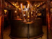 L'émoi en France: le patron d'un bar se donne la mort, Emmanuel Macron lui rend hommage