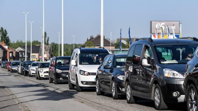 Politierechter neemt wagen in beslag van bestuurder die met 103 kilometer per uur op Mechelsesteenweg rijdt