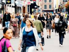Voetgangers krijgen vanaf vandaag meer ruimte in Utrechtse binnenstad