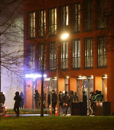 Man uit Rosmalen (24) aangehouden voor avondklokrellen Den Bosch