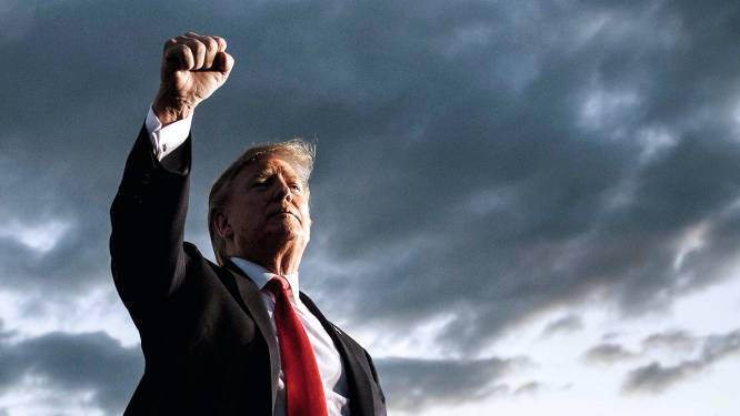 Trump bijna driehonderd plaatsen omlaag op miljardairs-lijst van Forbes