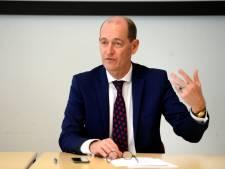 Burgemeester Hengelo schrikt van drukte in de stad: 'Dit kan echt niet zo, blijf thuis!'