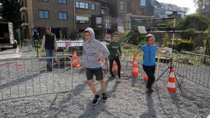 FOTO'S: Leerlingen Heilig Hart&College geven elkaar partij in aflossingsloop