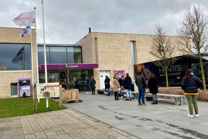 In De Breehoek in Scherpenzeel stemden inwoners in maart niet alleen voor de Tweede Kamerverkiezingen, maar mochten ze ook hun mening laten horen over een fusie met Barneveld.