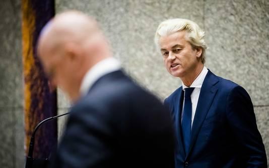 Wilders (PVV) en minister Grapperhaus in de Tweede Kamer.