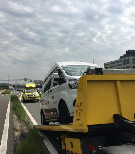 Wie helpt de Dierenambulance Den Haag: '6500 euro nodig voor vervangen ambulancemotor'