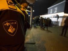 Bewoners azc keren zich tegen hulpverleners