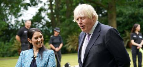 Britse coronaprofiteurs doen Van Lienden verbleken: politici verkwisten miljarden euro's