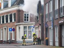 Zonnebank vliegt in brand in Zevenaar, waarschijnlijk toch geen asbest vrijgekomen