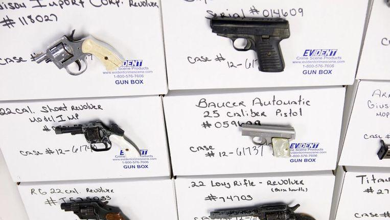 Wapens die zijn ingewisseld bij een wapenteruggeefprogramma in Connecticut.. Beeld reuters