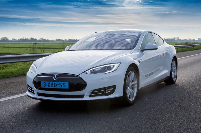 Driekwart van de 9.000 Tesla-eigenaren kreeg minstens één snelheidsbon