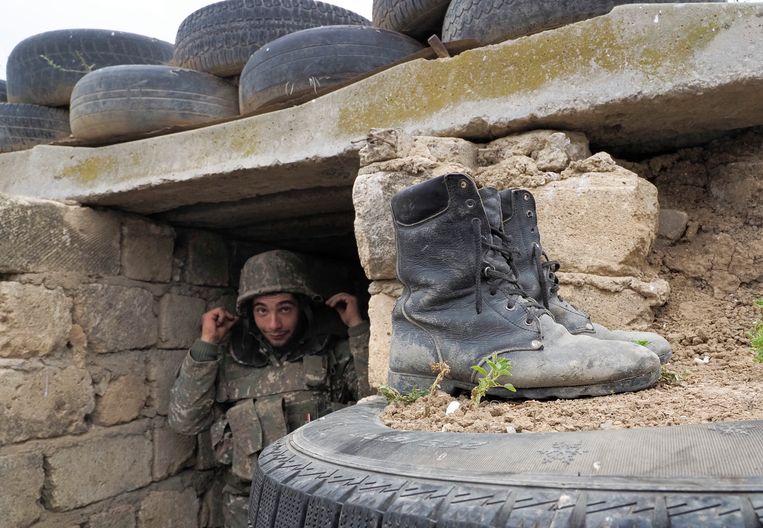 'In Nagorno-Karabach heerst een sterke mannencultuur. Mannen moeten er naar het front en zich desnoods doodvechten voor hun grondgebied – dat is de mentaliteit daar.' Beeld AP