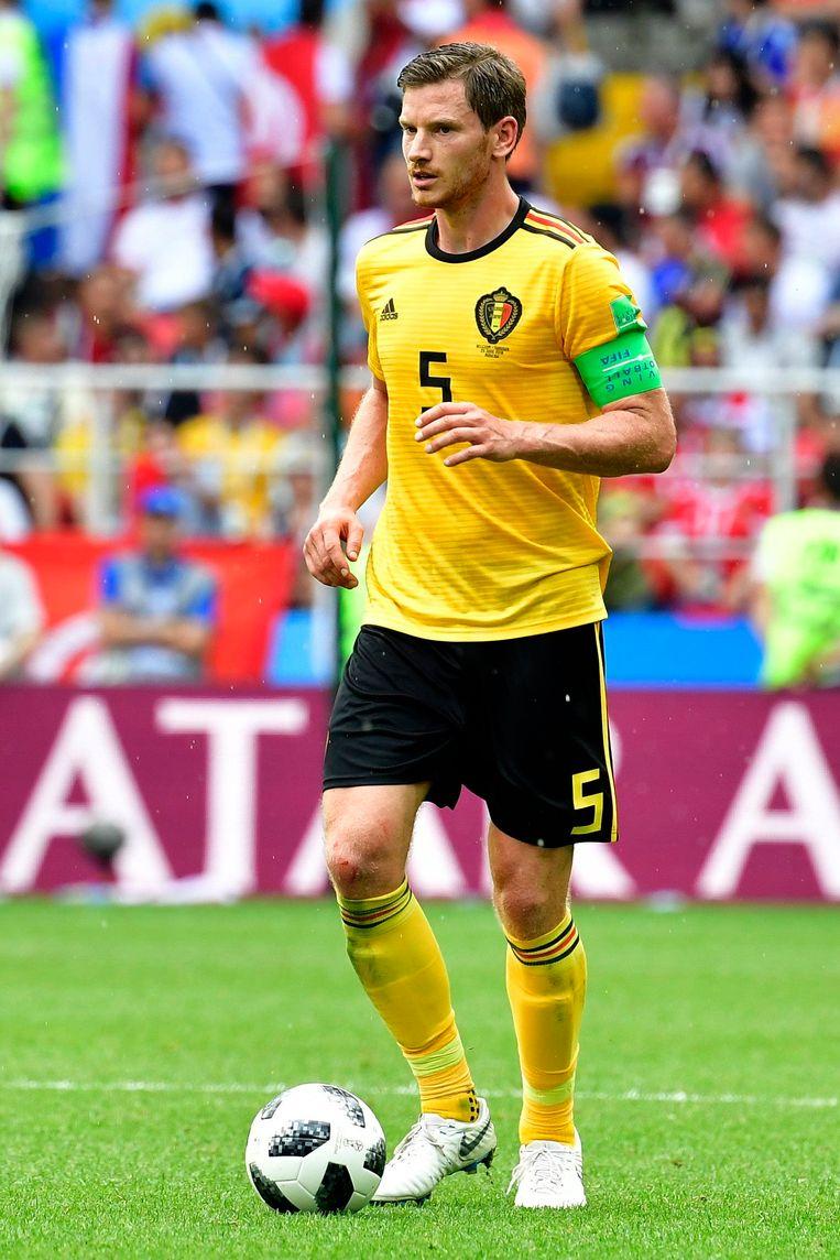 Jan Vertonghen (geel) maakt plaats voor Vermaelen. Beeld Photo News