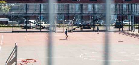 Zevenbergse wijk Krooswijk krijgt een voetbalkooi